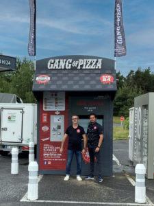 gang-of-pizza-gangofpizza-debarque-a-peyre-en-aubrac-lozere-distributeur-pizzas-24-7-fastfood-pizza-rapide-