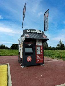 gang-of-pizza-debarque-a-rugles-pays-ornais-l-orne-normandie-pizza-pizzas-gourmet-recette-originale-24-7-gangster-gang-distributeur-pizza-froides-chaudes-3-minutes-30-sec-savoir-faire-a-emporter-cuites-au-four-ou-prete-a-cuire3
